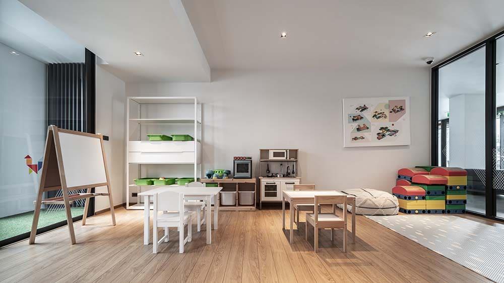 Playroom (3)