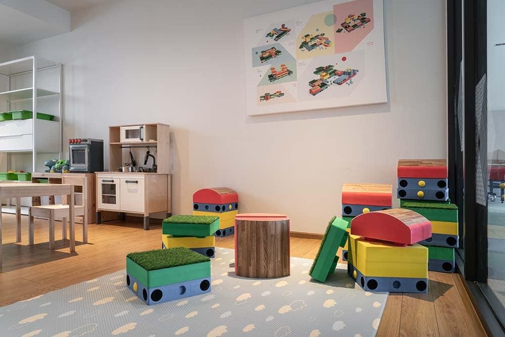 Playroom (4)